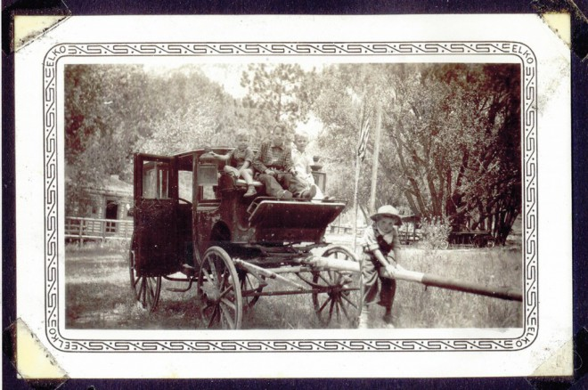 Wagon, Cottontail in background to left of wagon, 1940