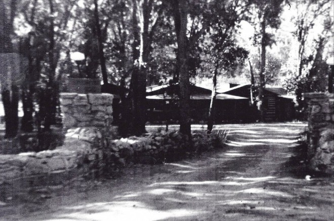 Wrights Lodge about 1940, now Rabbit Den